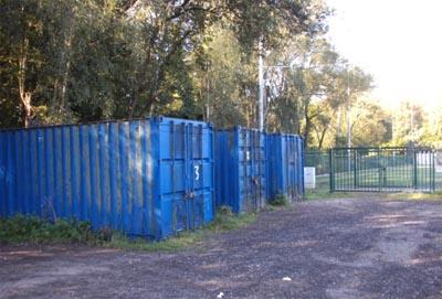 Infraction communale: dépôt de conteneurs au Stade Fallon
